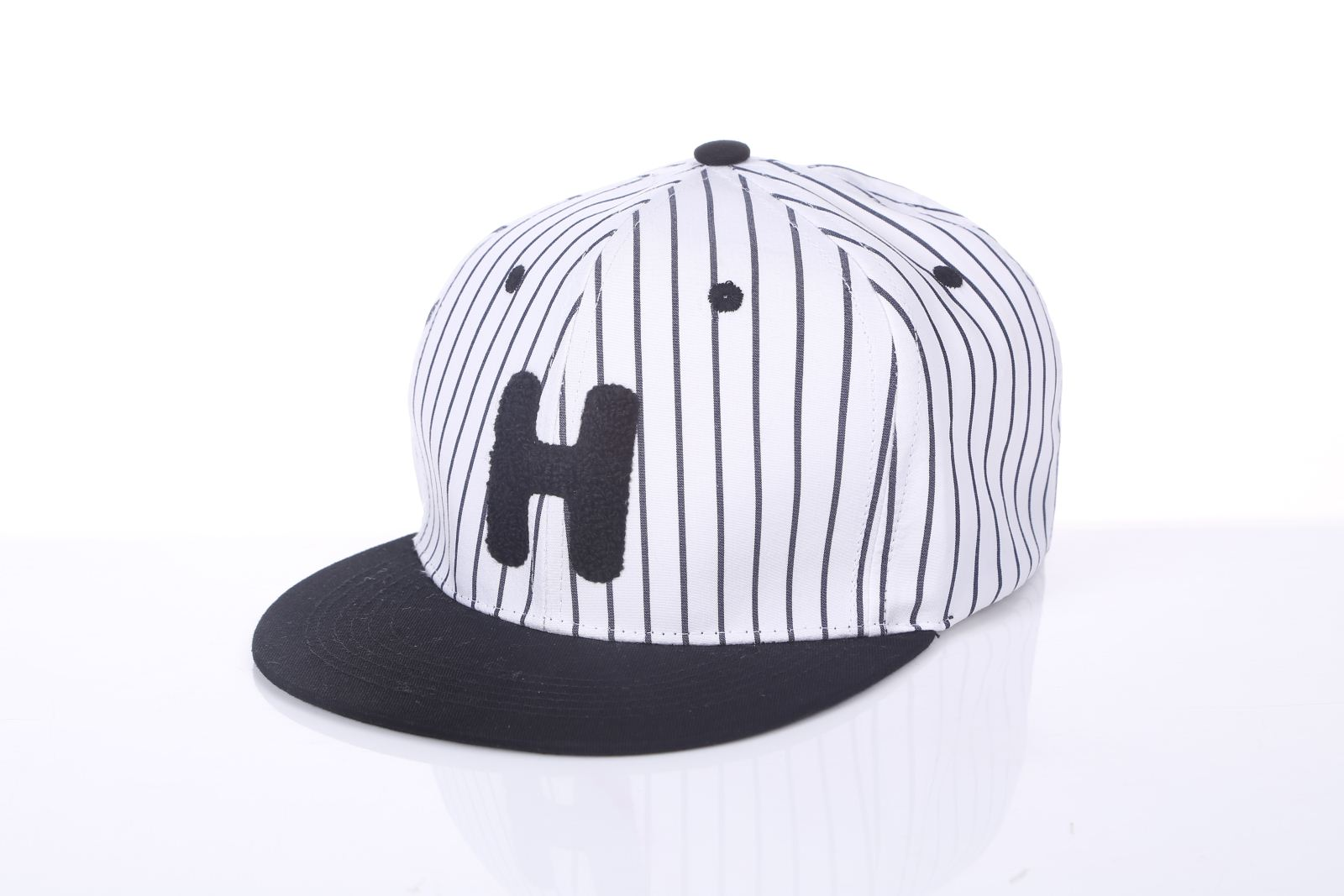 黑白条平檐嘻哈帽