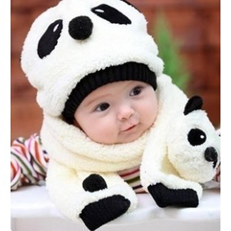 孩子的最爱,萌萌的卡通小动物帽子戴在头上后更显得小朋友的天真可爱.